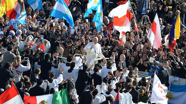 961712-pope-francis-inauguration-mass
